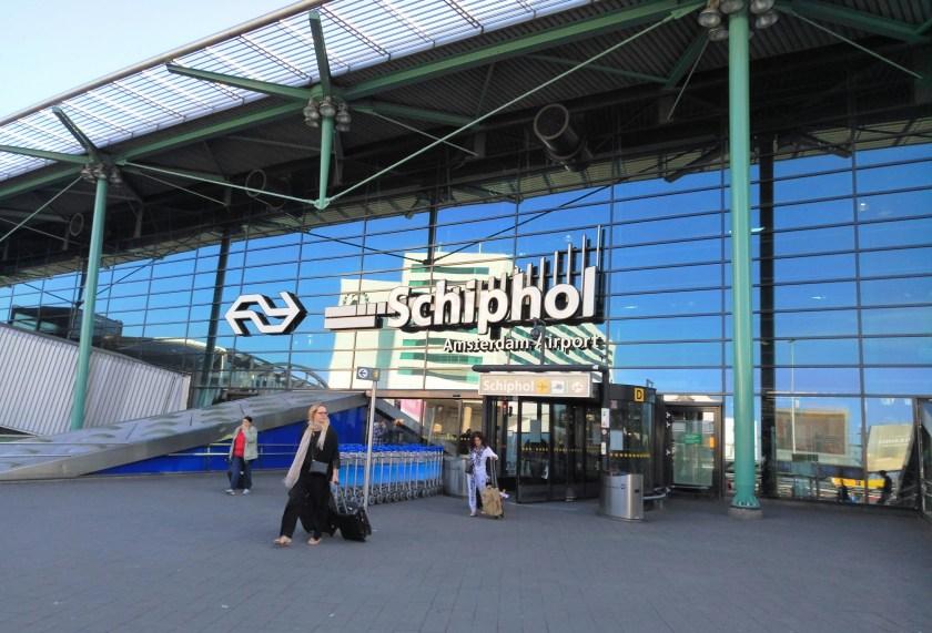 Bildresultat för schiphol airport security