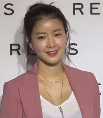At home workout, at home workouts, grab & go, uncategorized,. Lee Si Young Wikipedia