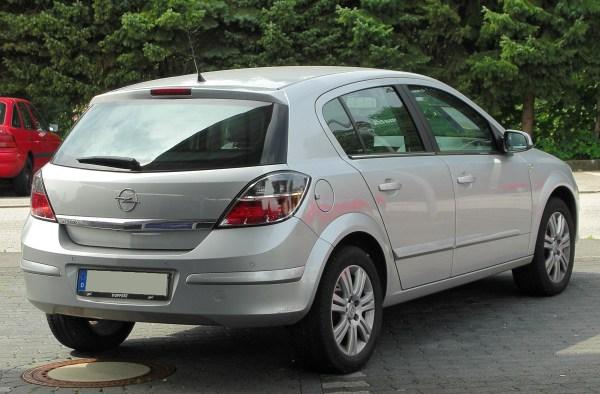 File:Opel Astra H 1.8 Innovation Facelift rear 20100822.jpg