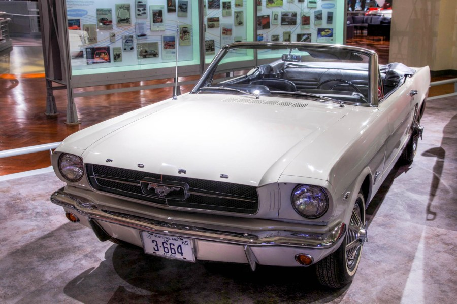 1965 ford cars » Ford Mustang   Wikipedia First generation  1965   1973  edit