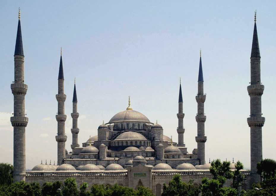 Sultan_Ahmed_Mosque_Istanbul_Turkey_retouched.jpg (930×659)