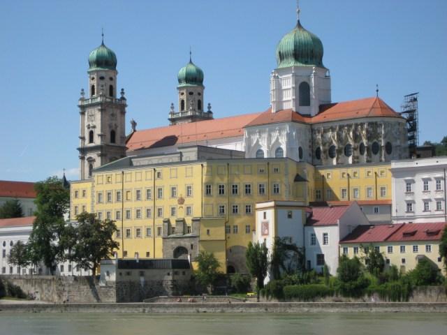 Old Bishop Residenz Passau, Wikimedia