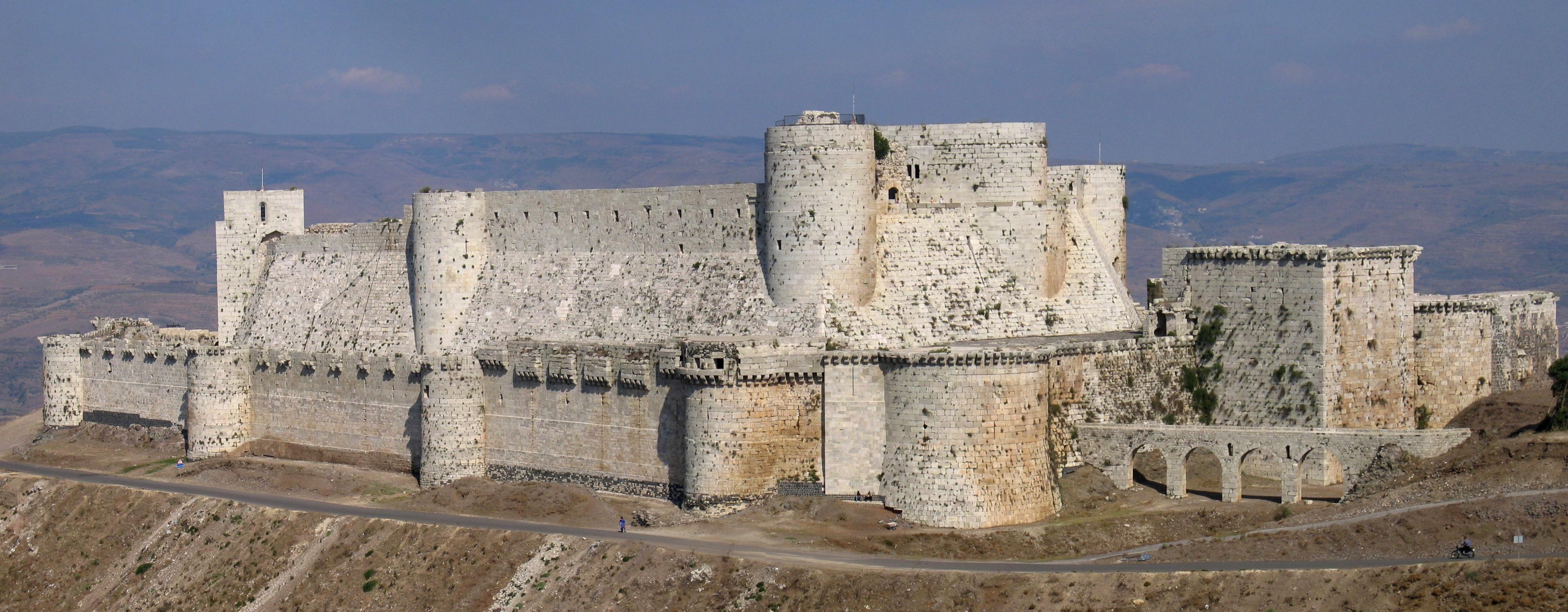 https://i1.wp.com/upload.wikimedia.org/wikipedia/commons/5/5a/Crac_des_chevaliers_syria.jpeg