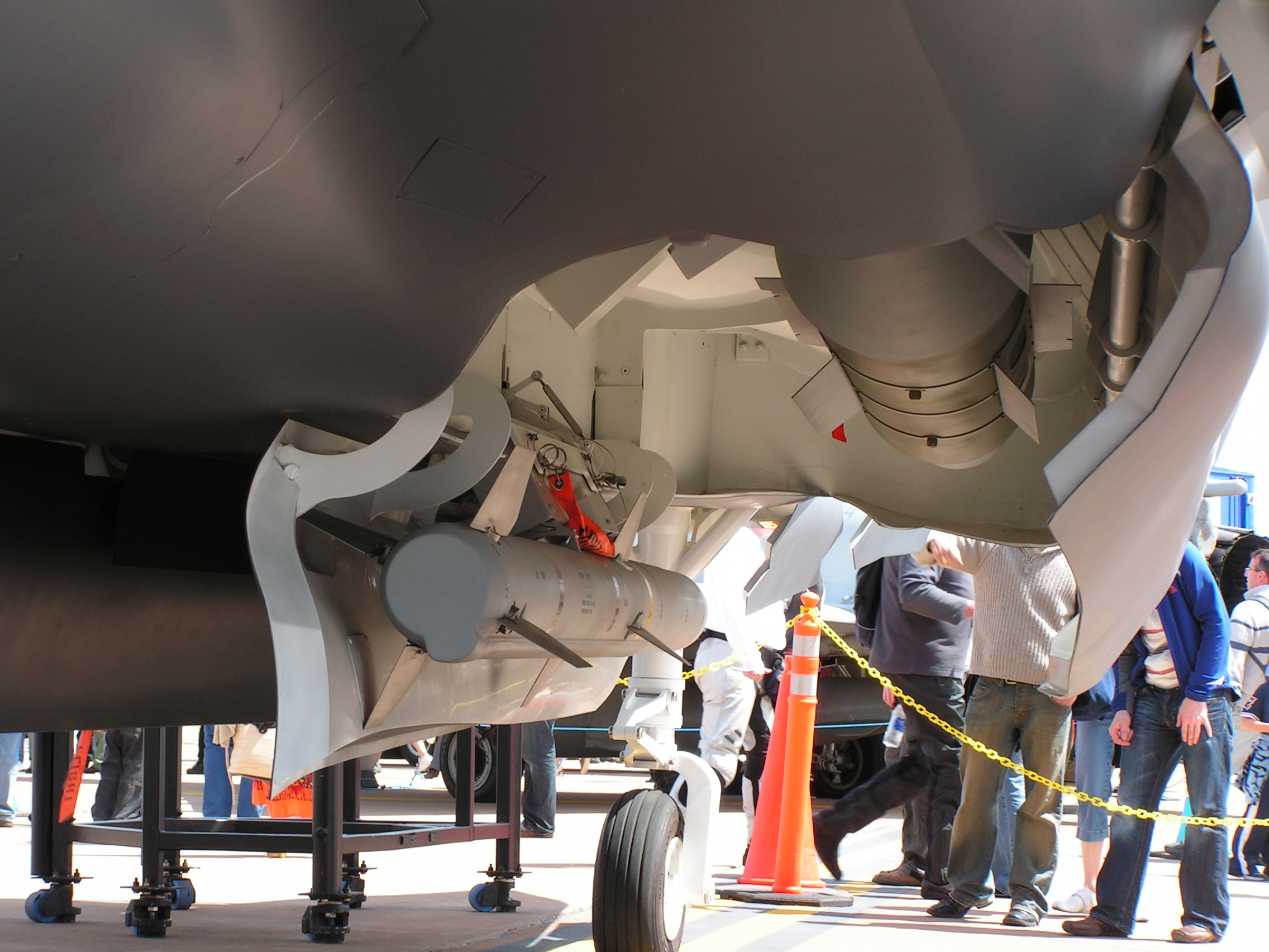 F 35 Internal Weapons Bay
