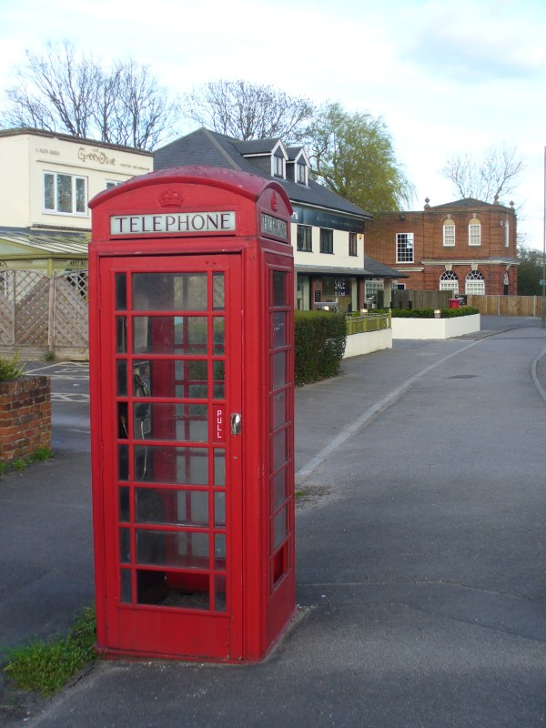 File:Chobham Call Box - geograph.org.uk - 1803604.jpg ...