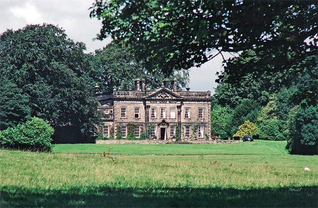 File:Farfield Hall, Addingham (geograph 3489481).jpg - Wikimedia