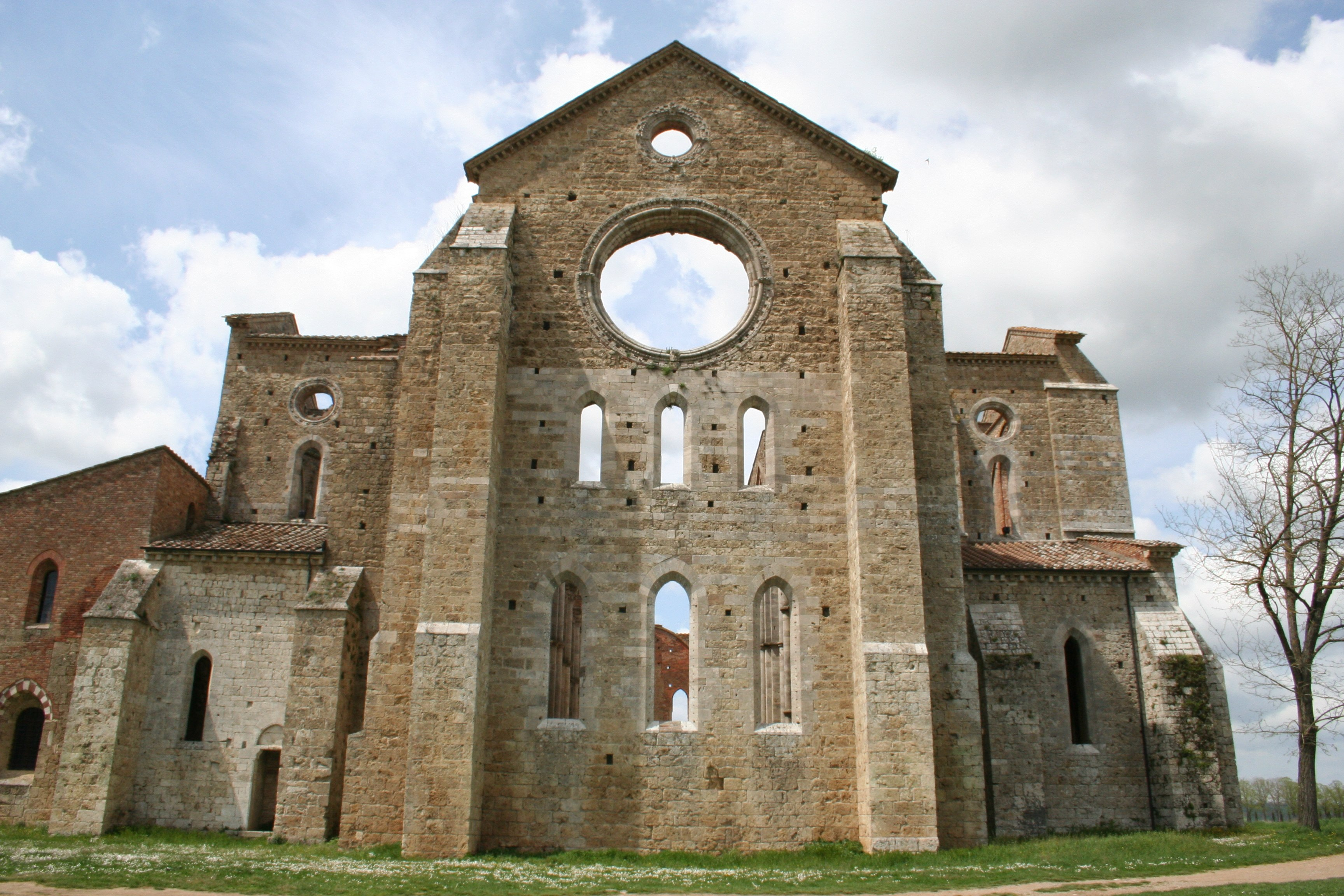 Esterno dell'abside