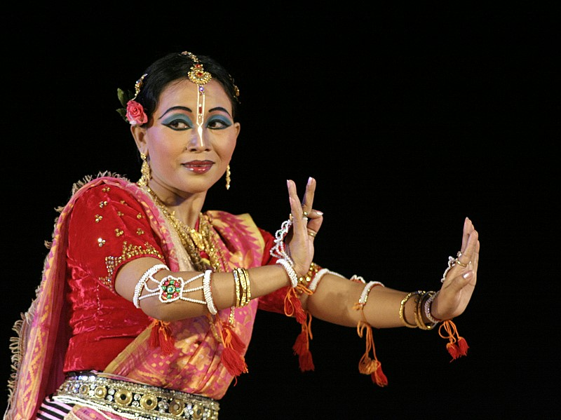 Berkas:Laishram Bina Devi.jpg