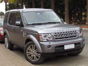 File:Land Rover Discovery 4 SDV6 SE 2013 (15168728848)jpg