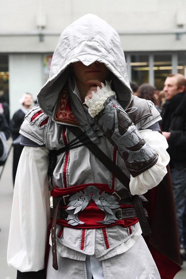 File:Assassins Creed II Ezio Paris Manga 9 -Cosplay ...