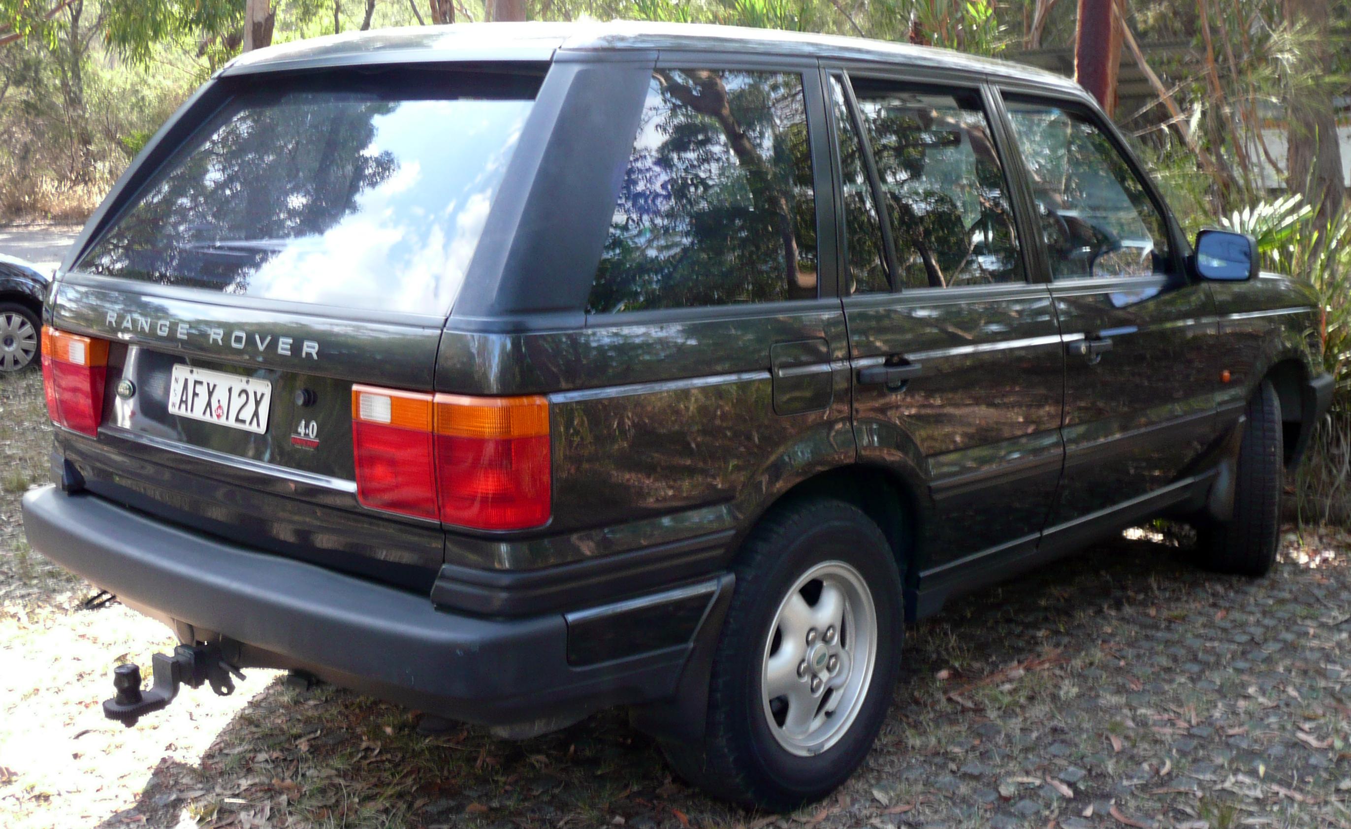 File 1995 1998 Land Rover Range Rover P38A 4 0 SE wagon 03