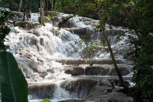 Dunn's River Falls por D Ramey Logan CC BY-SA 3.0