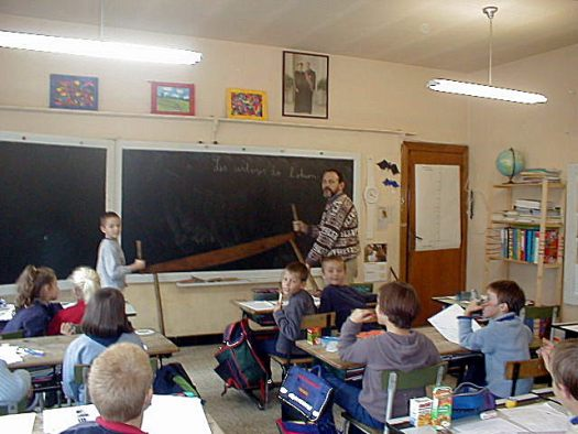English: Teaching Walloon at Ochamps (the bene...