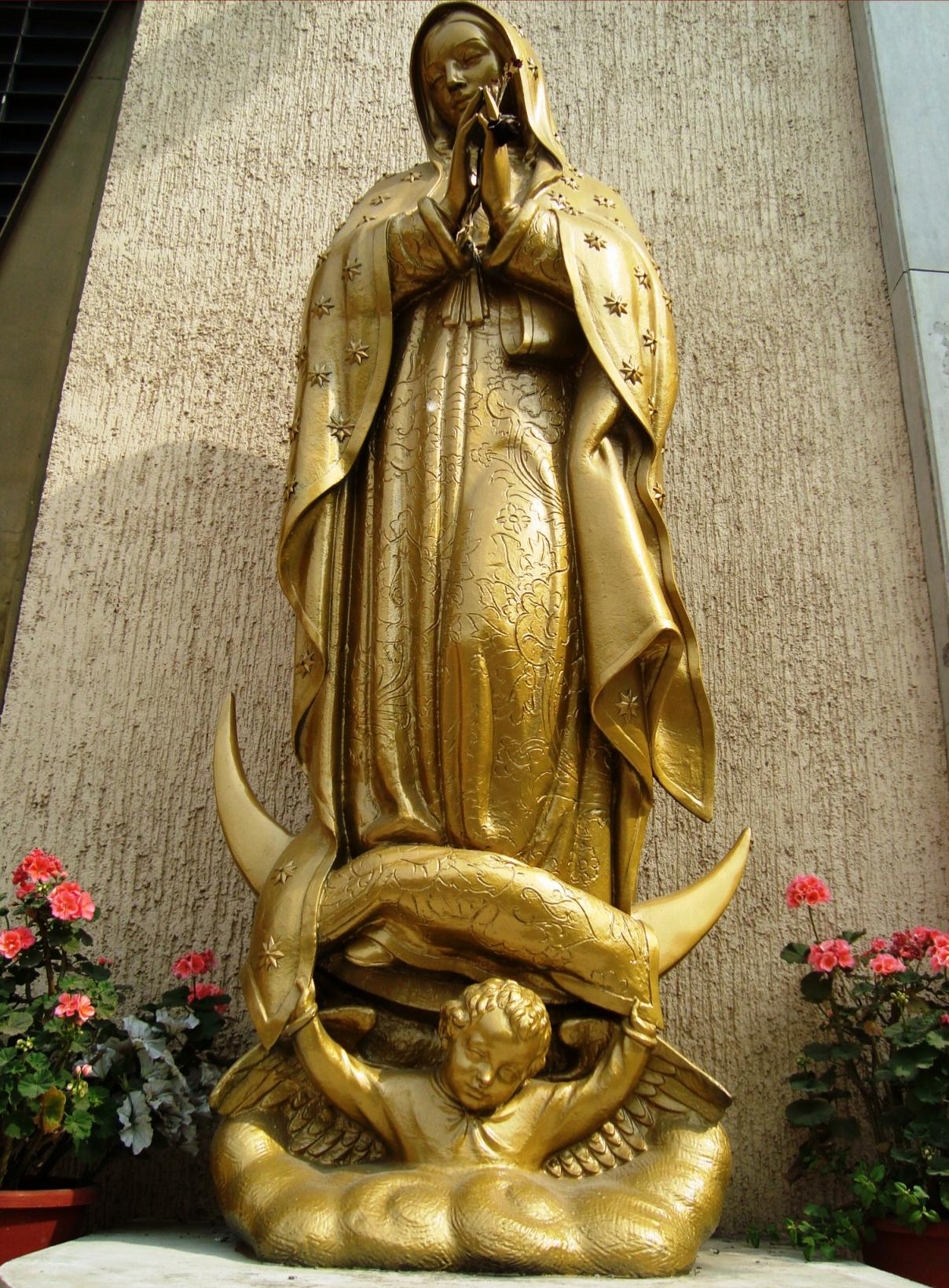 File Statue Of Our Lady Of Guadalupe
