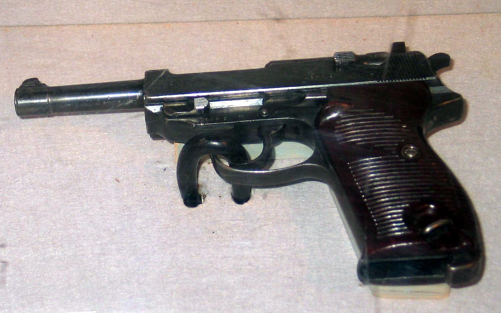 瓦爾特P38手槍 - 維基百科,德國 政治家,_中文百科全書