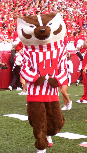 English: Bucky Badger, mascot of the Universit...