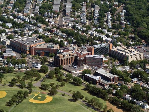 Saint Peter's University Hospital - Wikipedia