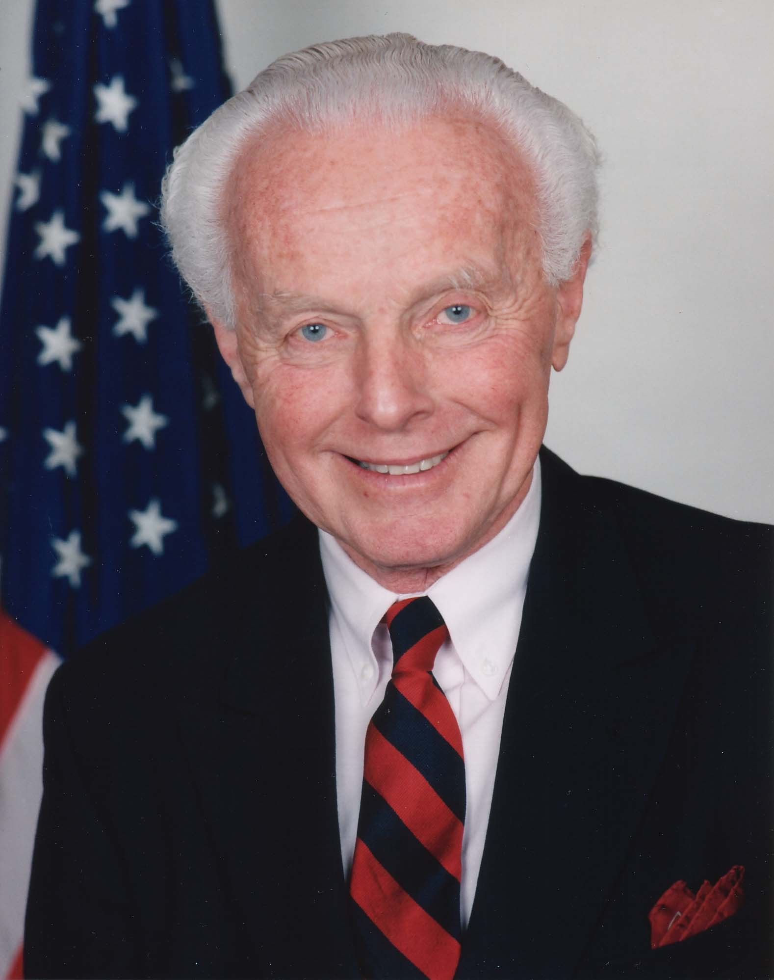 https://i1.wp.com/upload.wikimedia.org/wikipedia/commons/6/69/Tom_Lantos.jpg
