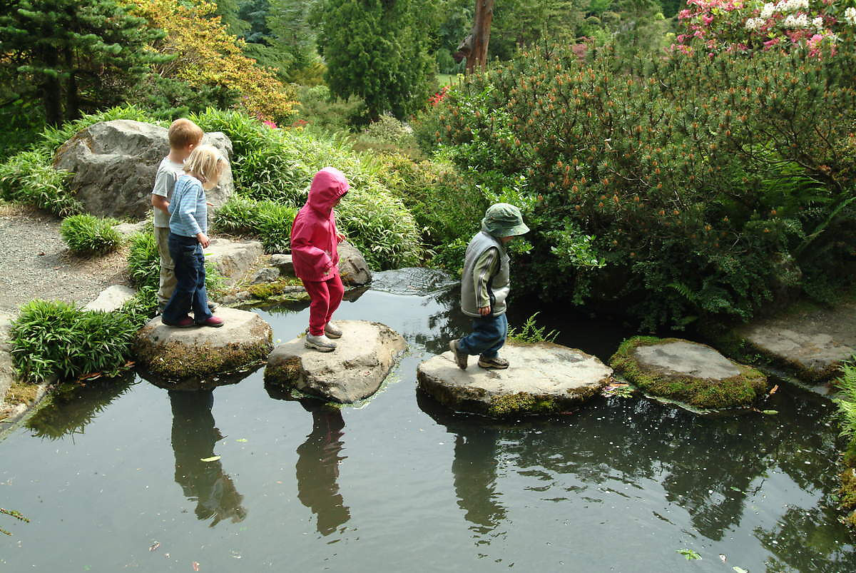 File Kids At Kubota Garden