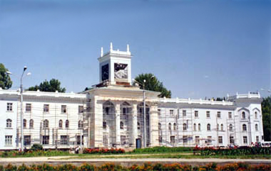 File:Dushanbe national museum.jpg