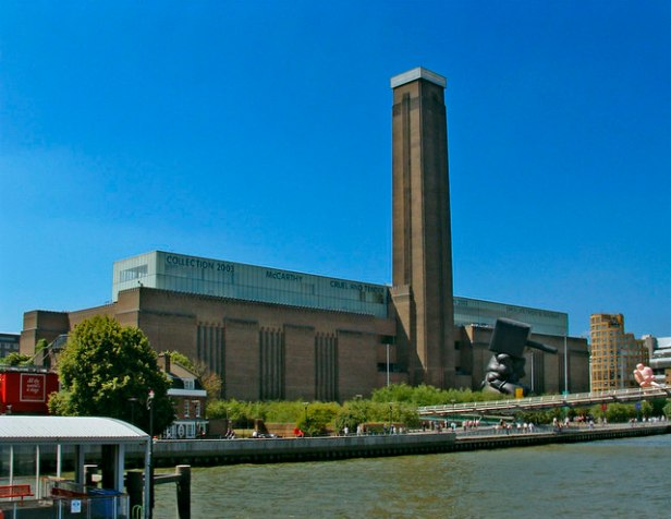 Tate Modern viewed from Thames Pleasure Boat - geograph.org.uk - 307445