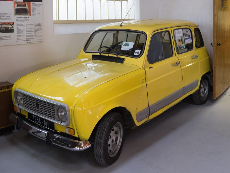 1965 volkswagen cars » Automotive industry in Ireland   Wikipedia A Renault R4 GTL built in 1982 in Wexford