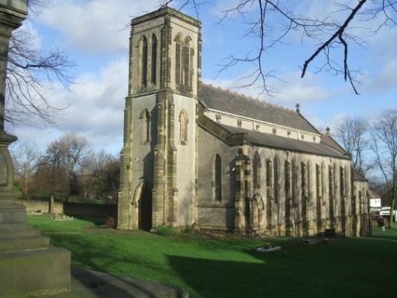 File:St James the Great, Eve Hill - geograph.org.uk - 316061.jpg
