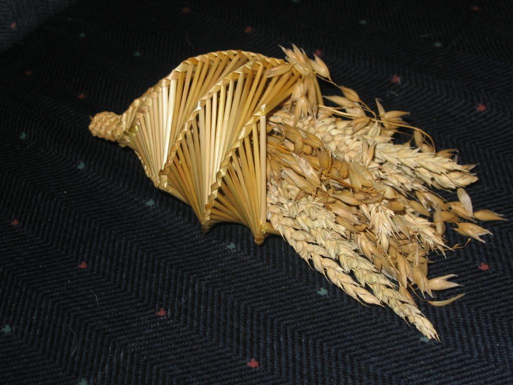 English: corn dolly cornucopia