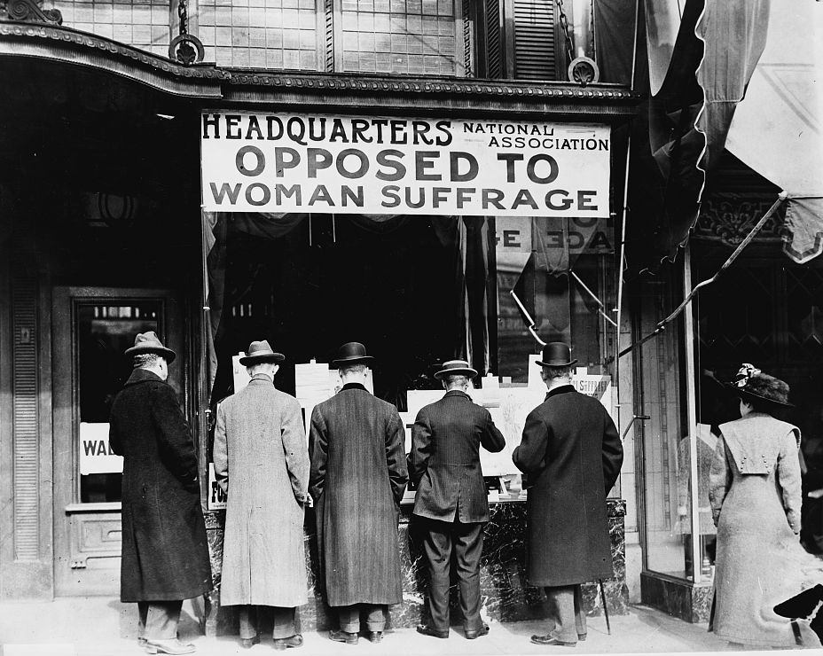 Archivo:Antisuffragists.jpg