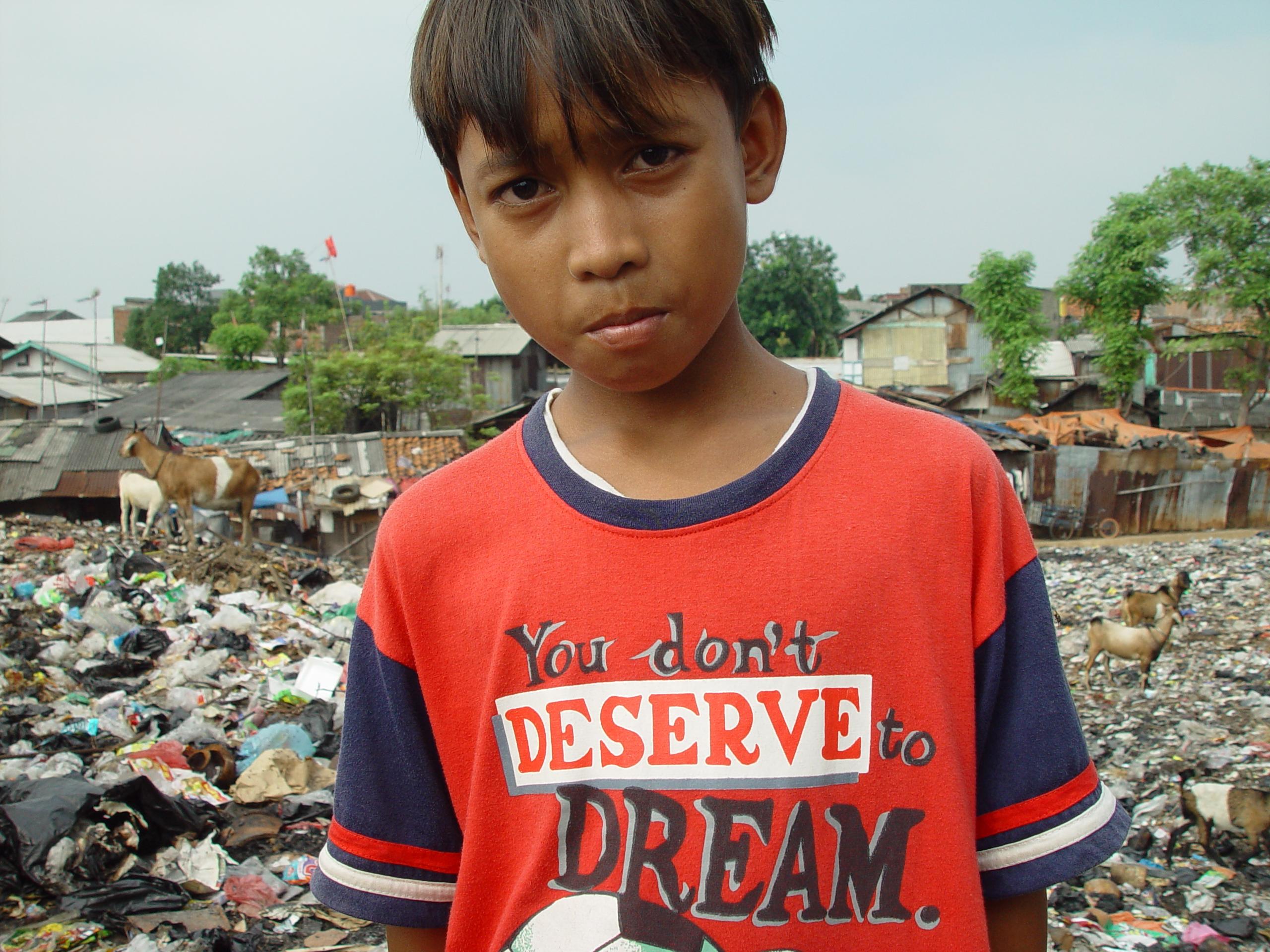 Jakarta slumlife44