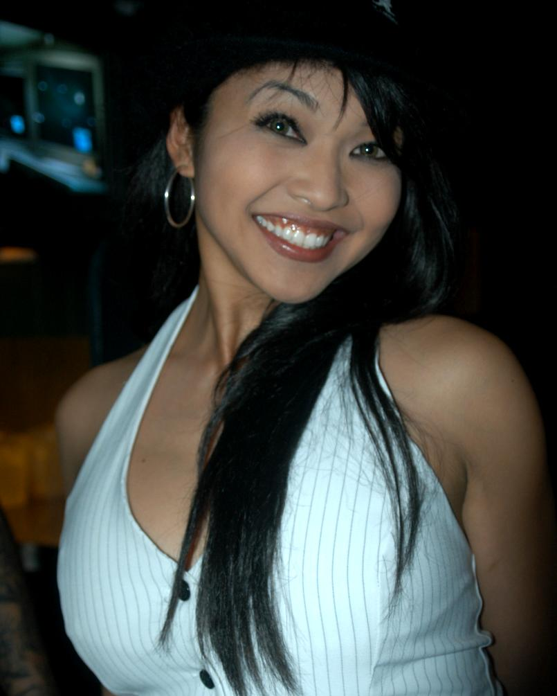 Filemika Tan At Sardos 2005 1 Jpg