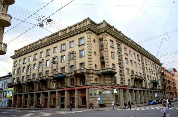 File:033. Санкт-Петербург, Суворовский пр., 12. Жилой дом ...