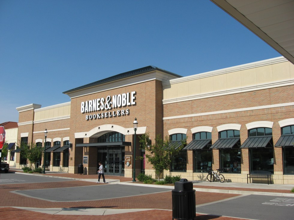 File:Barnes and Noble Hendersonville TN USA.JPG ...