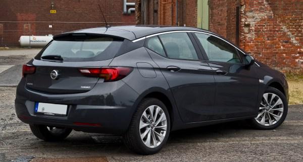 File:Opel Astra 1.4 EDIT Edition (K) – Heckansicht, 31 ...
