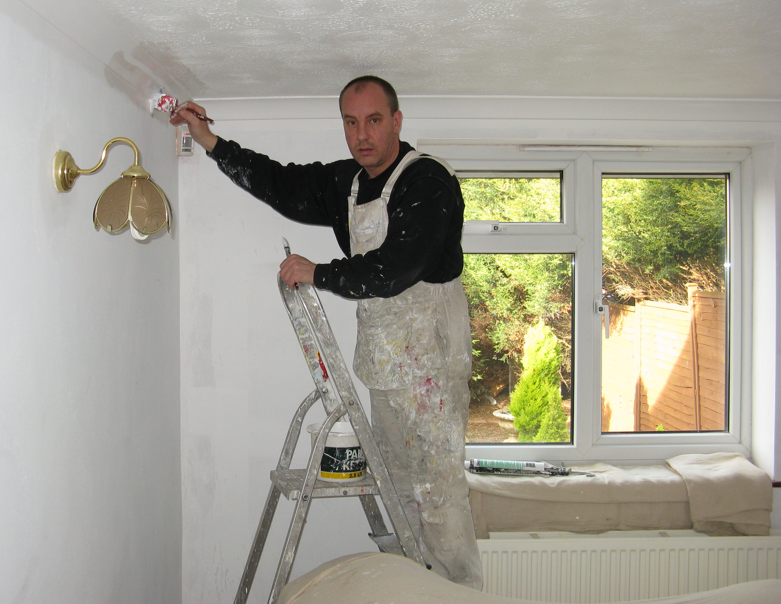 House painter and decorator - Wikipedia, the free encyclopedia