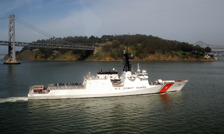 https://i1.wp.com/upload.wikimedia.org/wikipedia/commons/7/7c/USCGC_Waesche_by_Yerba_Buena_Island.jpg