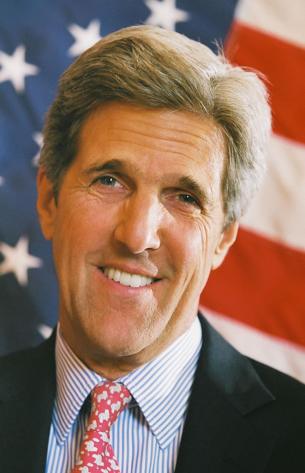 American Politician John Kerry Apologizes For Iraq War