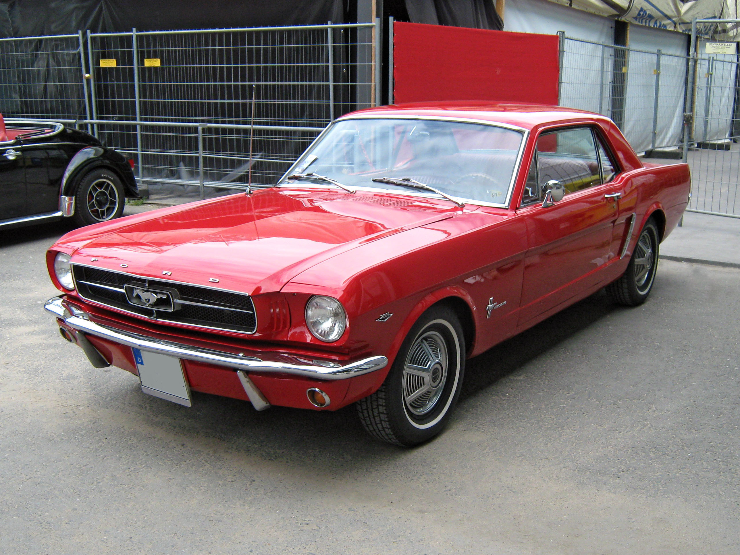 Upon introduction, the ford mustang was available with a coupe or convertible body style. Ford Mustang First Generation Wikipedia