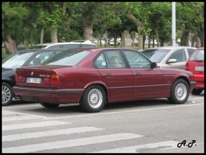 File:BMW 525 tds (E34) (3739408676)jpg  Wikimedia Commons