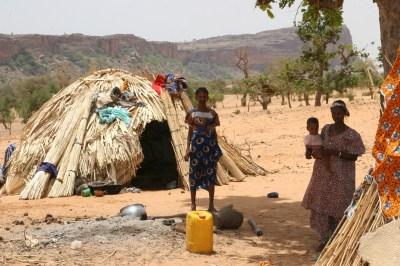 https://i1.wp.com/upload.wikimedia.org/wikipedia/commons/8/81/Fulani_people,_Mali.jpg?resize=400%2C266&ssl=1