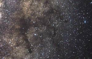 File:GreatDarkHorse Nebulae.jpg