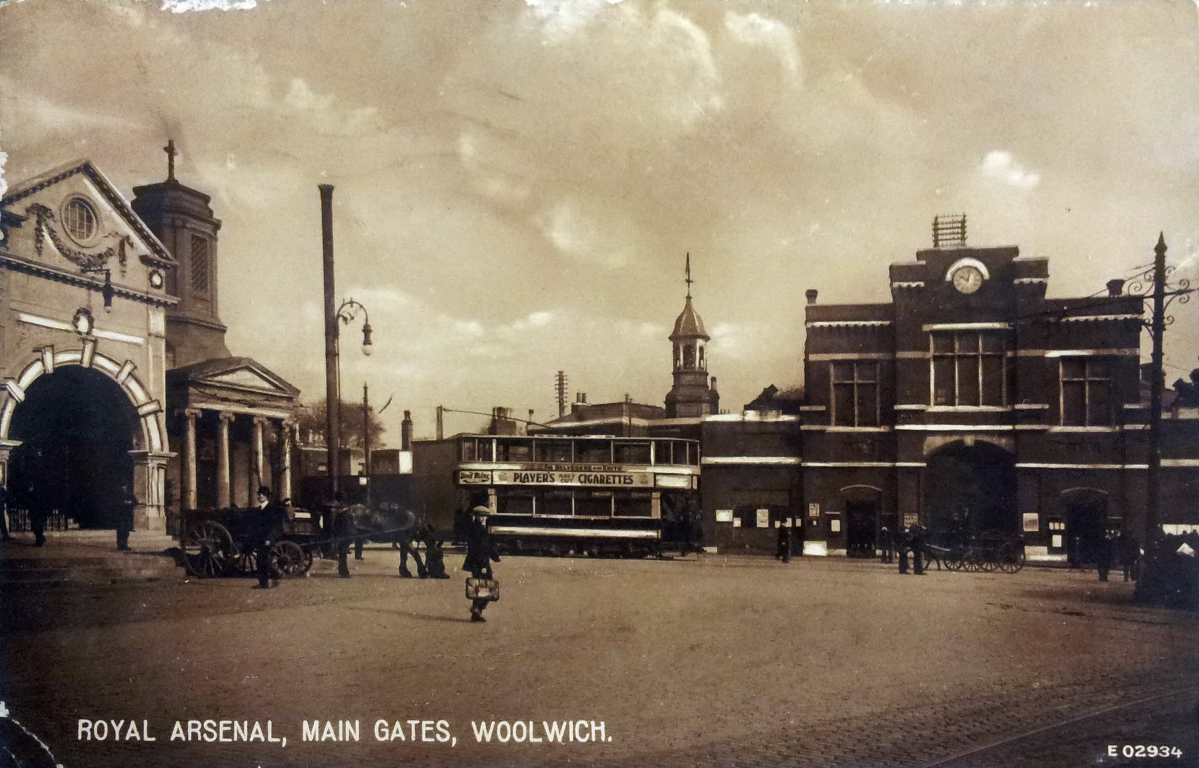 File:London, Woolwich, Beresford Square (GHC).jpg - Wikimedia Commons
