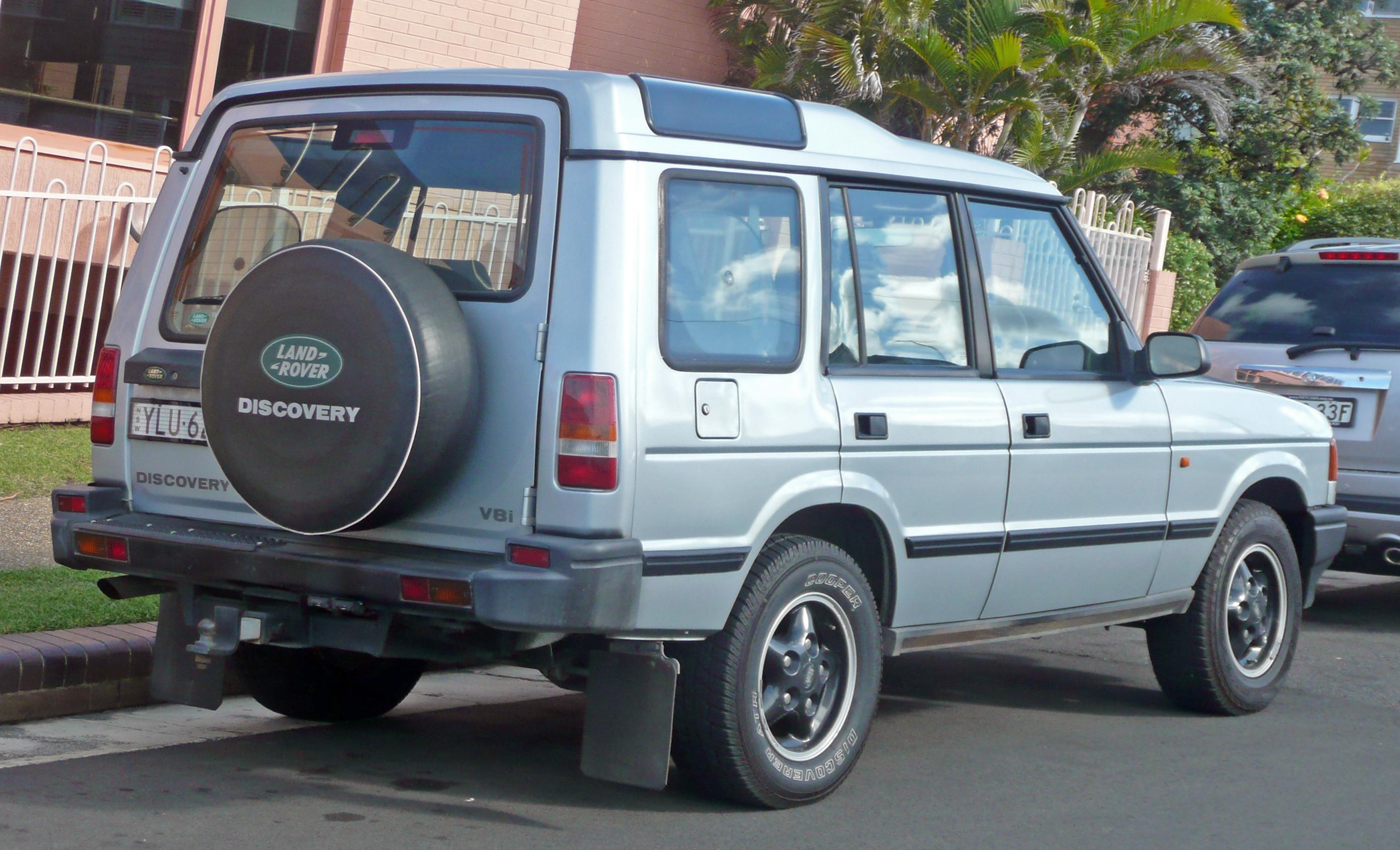 File 1994 1997 Land Rover Discovery V8i 5 door wagon 02