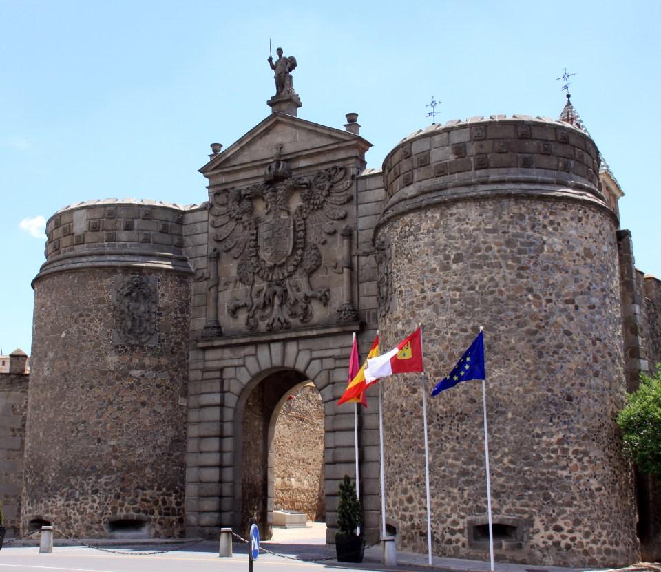 Puerta Nueva de Bisagra - Wikipedia, la enciclopedia libre