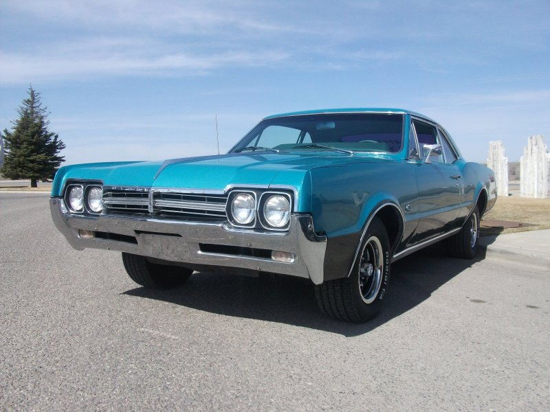 1965 pontiac cars » File 1966 Oldsmobile F 85 Deluxe Holiday Hardtop Coupe jpg     File 1966 Oldsmobile F 85 Deluxe Holiday Hardtop Coupe jpg