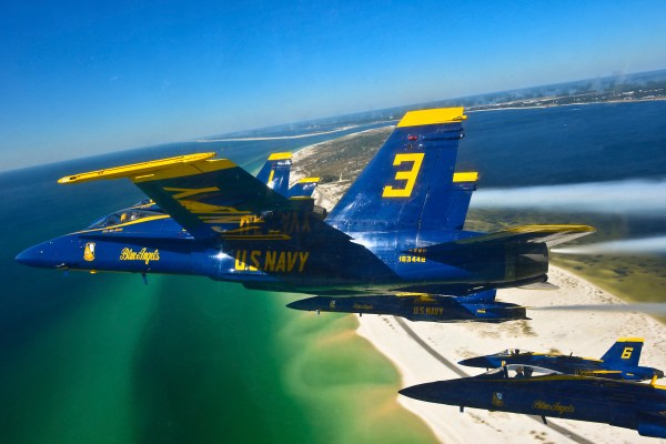 File:Pilots of the U.S. Navy's Blue Angels fly in a delta ...