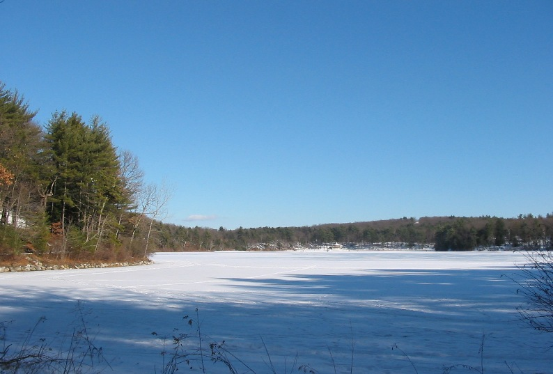 Walden Pond frozen over, Winter 2005 - Wikimedia image