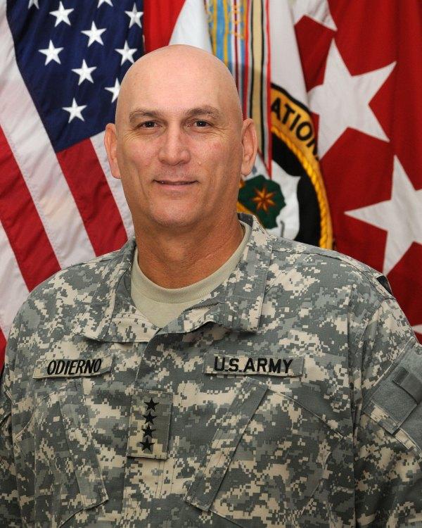 File:Raymond T. Odierno as commander, MNF Iraq.jpg ...