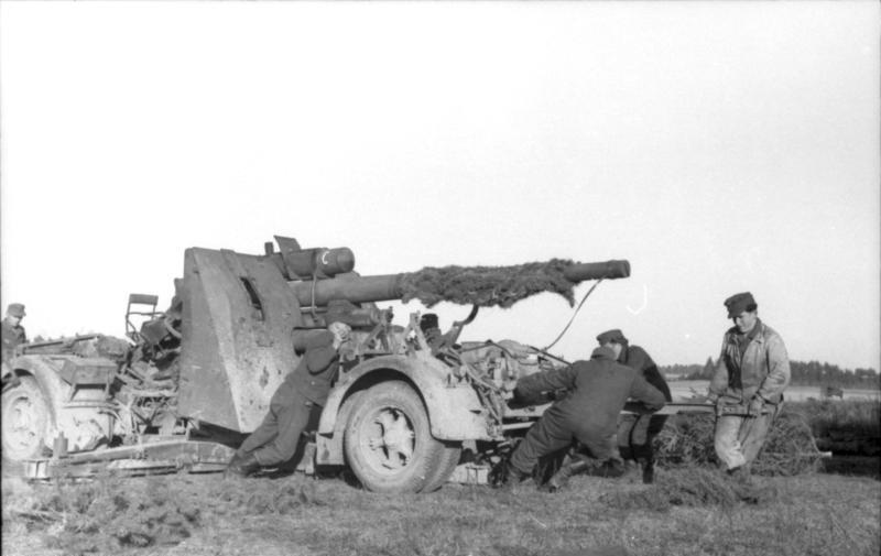 File:Bundesarchiv Bild 101I-724-0135-13, Schwere Flak in Russland.jpg