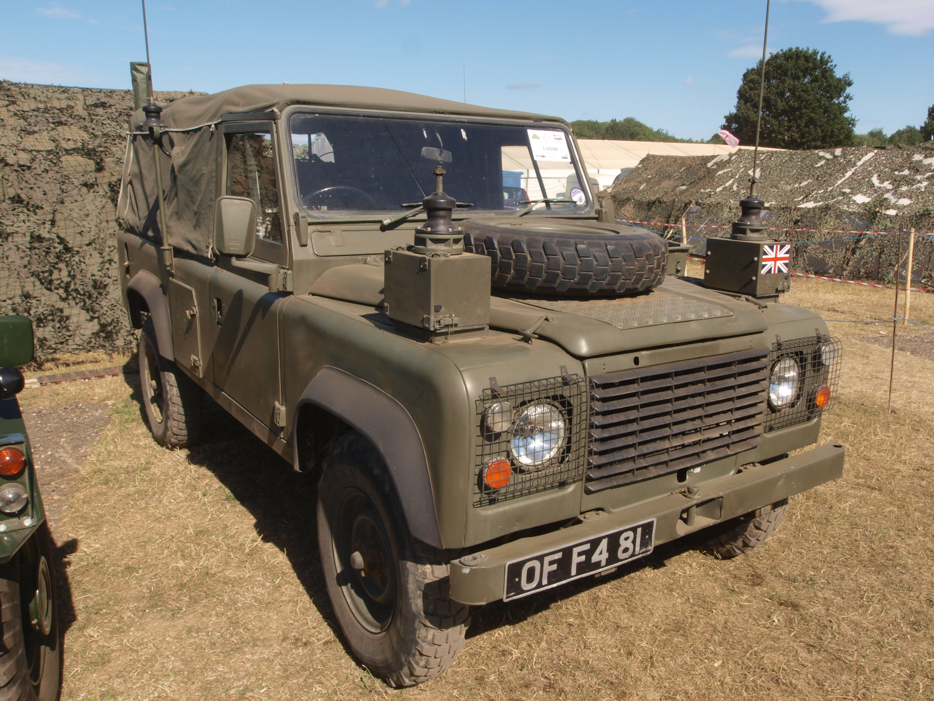 File Land Rover 110 1985 GB owner Brian Laker JPG Wikimedia